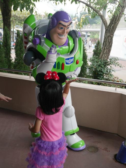 Hong Kong Disneyland 27